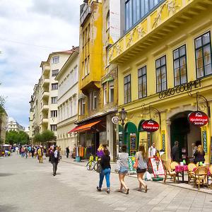 Budapestin Kaupunginosia Alueita Ja Niiden Nahtavyyksia